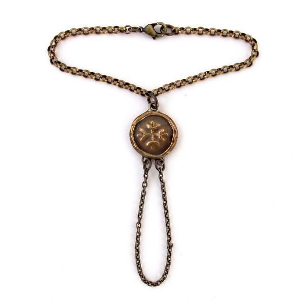 Laurel Hill Medallion Hand Harness
