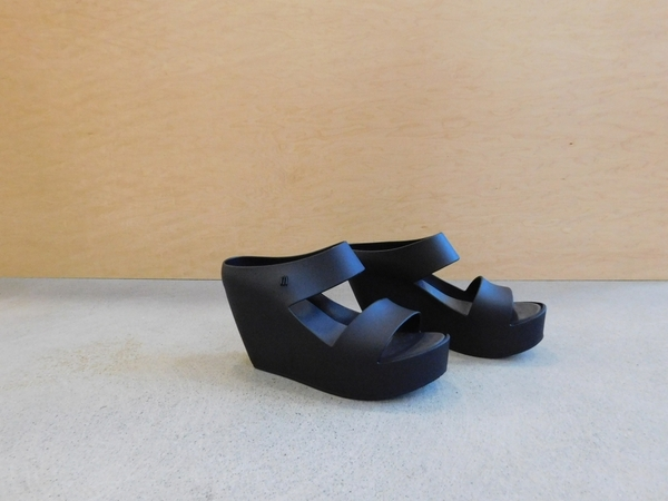 Melissa Creative Wedge