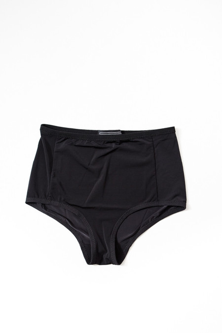 Land Of Women Super Soft Highwaisted Underwear / Black