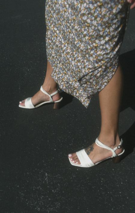 Mari Giudicelli Vitta Sandal - Off White