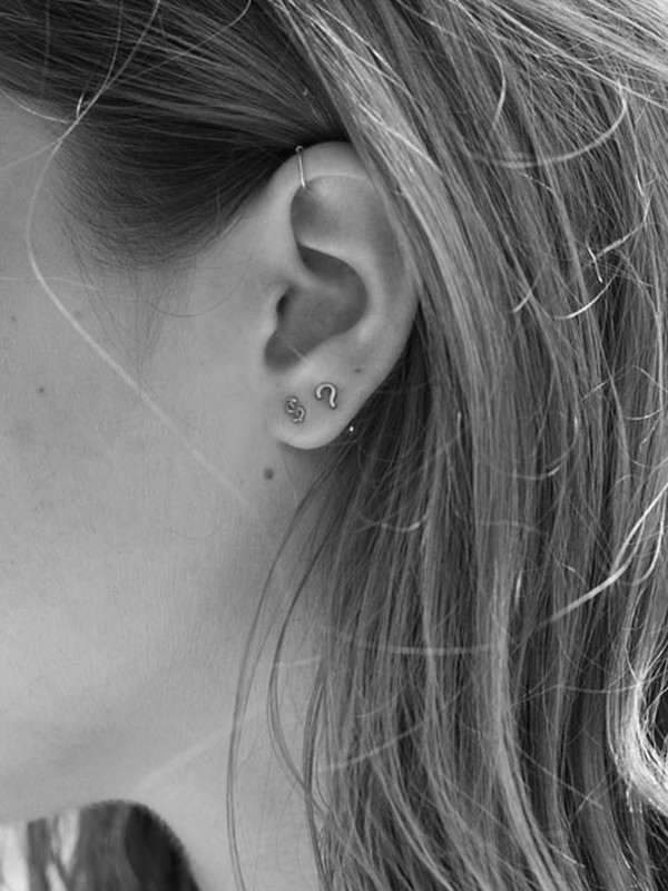 WINDEN Question Mark Earring