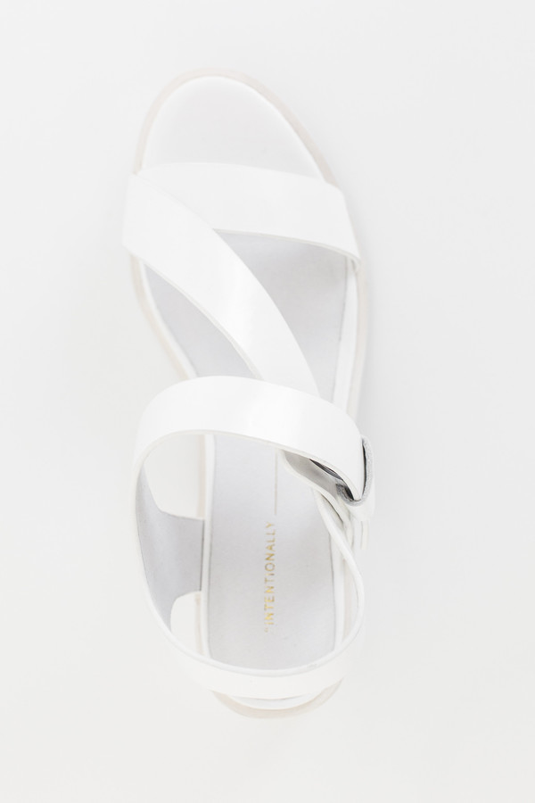 Intentionally Blank Box Leather Emmit Sandal - White