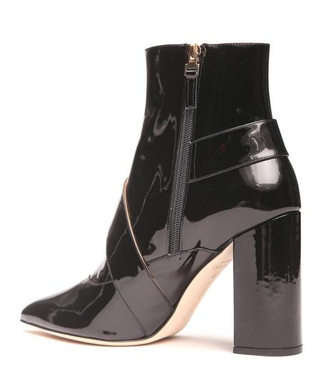 Chloe Gosselin Leather Pointed Buckled Boot - Black