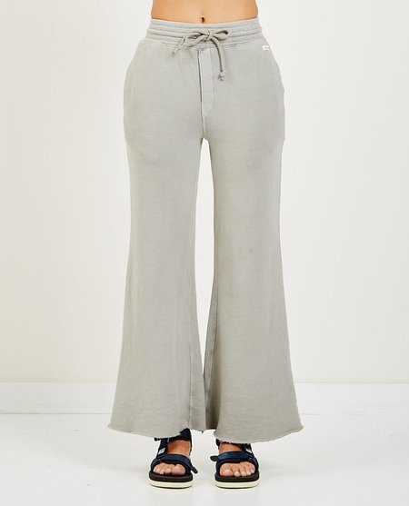 AR321 WIDE LEG LIGHT WEIGHT SWEATPANTS - LIGHT GREY