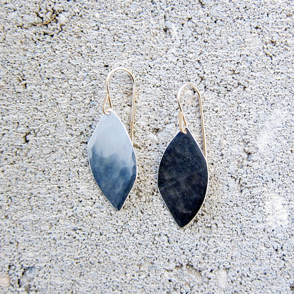 Christine Fail small shale earrings - silver