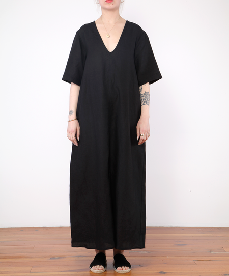 Ali Golden Dress With Buttons - black