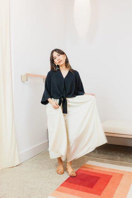 Miranda Bennett Textured Cotton Cropped Kahlo Top - BLACK