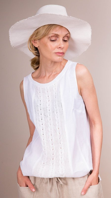 Rosso35 Sleeveless Linen Top with Cable Knit Detail - White