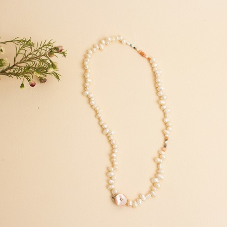 hotel baalbek Pearly Necklace