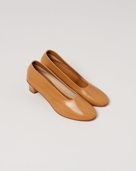 Martiniano High Glove Shoe - Camel