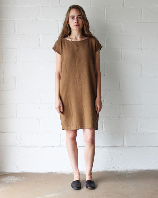 Esby CAROLINE SHIFT DRESS - SIENNA