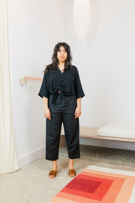 Miranda Bennett Linen Cotton Gauze Cropped Kahlo Top - BLACK