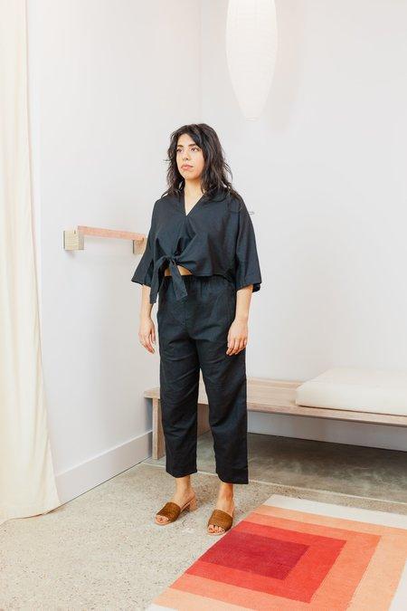 Miranda Bennett Linen Cropped Kahlo Top - Black
