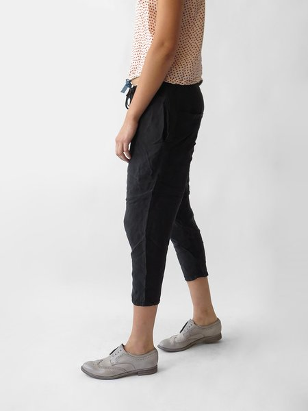 Hazel Brown Slouch Pant - Black