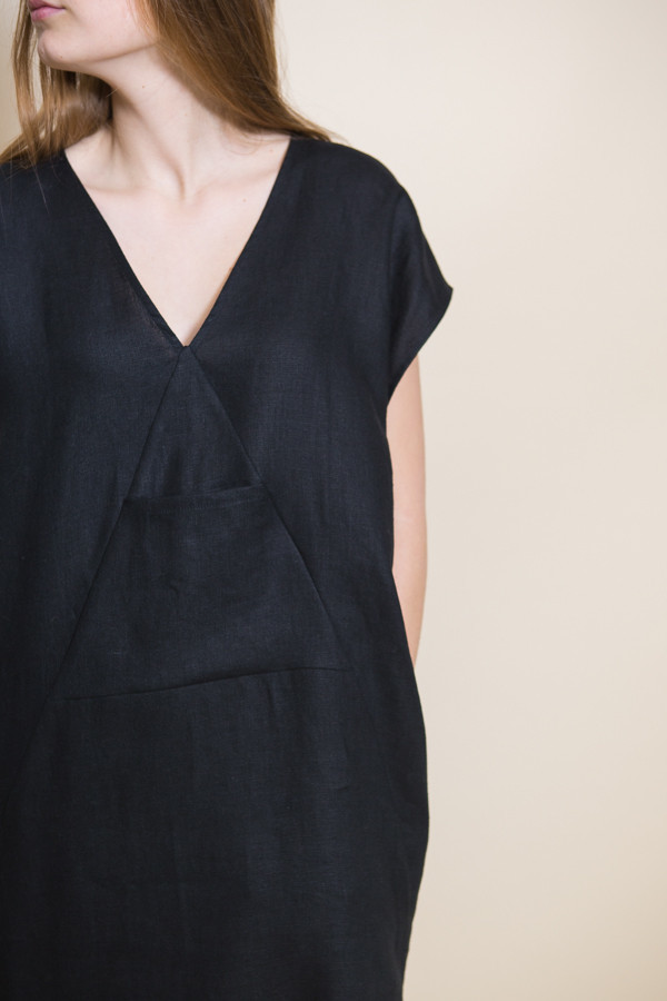 Ursa Minor Kathe Dress / Black Linen