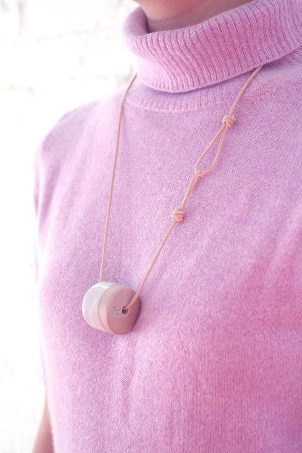 Jujumade single cylinder necklace