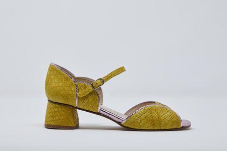 5yMedio Carlota - Pineapple