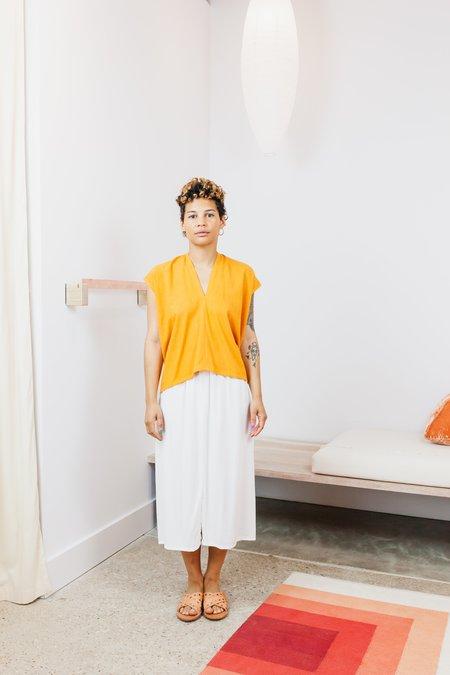 Miranda Bennett Silk Noil Everyday Top (Petite) - Osage/Madder V.I