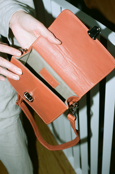 Clyde Delta Waist Bag - Tomato