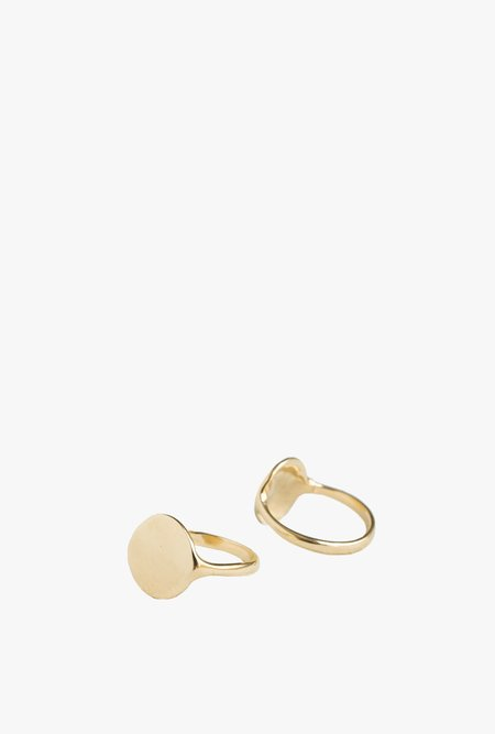 Merewif Carlyle Signet Ring