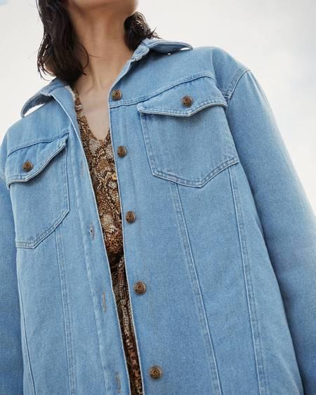 Nanushka NUSTA Denim jacket with faux shearling - 80's wash