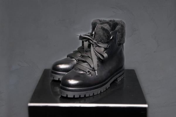 AGL- Attilio Giusti Leombruni Fur Lined Boots