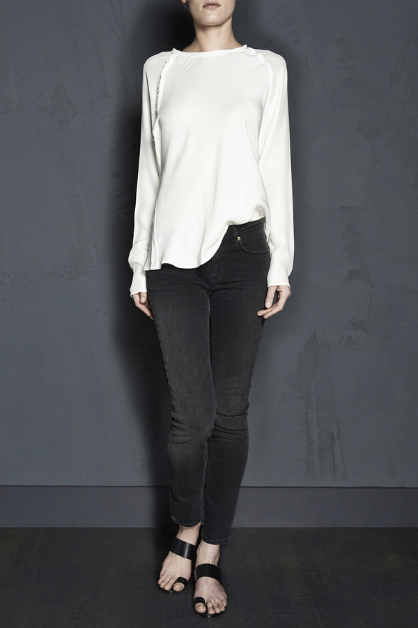 Long Sleeve Raglan Blouse