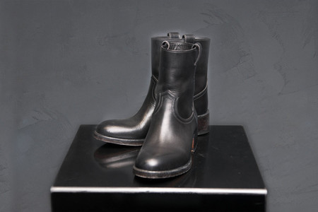 Sartore Cropped Boot - BLACK