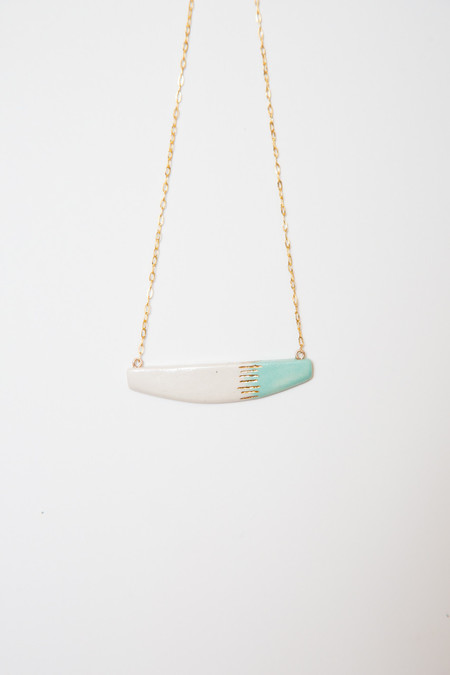 amber e lea aqua asymmetrical necklace