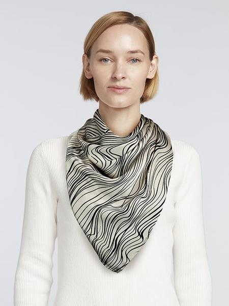 Elyse Maguire SPF 50+ Sunny Scarf - Black Print