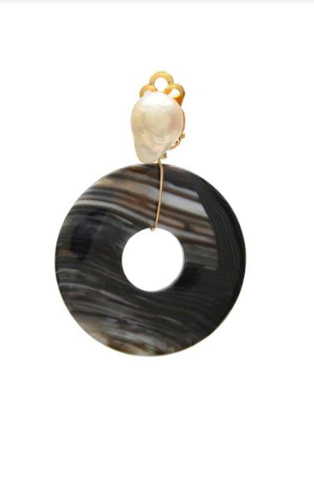 SVNR Fuji Earrings - Obsidian/Freshwater pearl