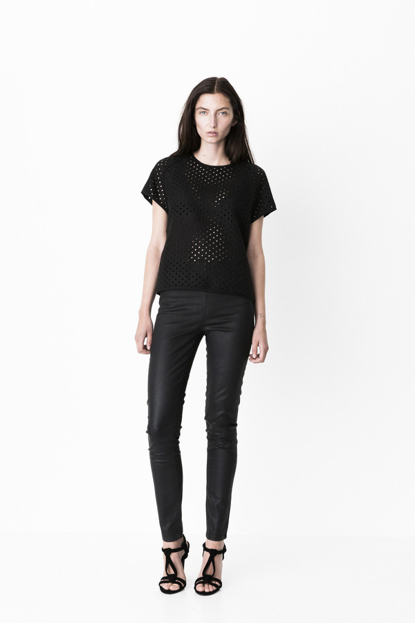 """Storm and Marie """"Dot"""" Textured Structured Top"""