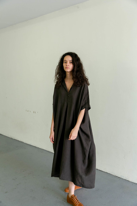 BLACK CRANE KITE DRESS - CHARCOAL
