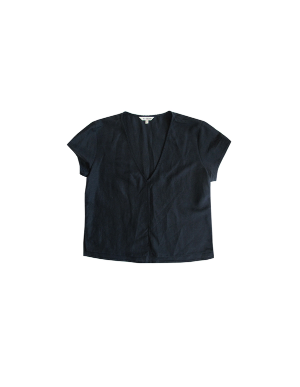 Ali Golden V-NECK TOP - BLACK