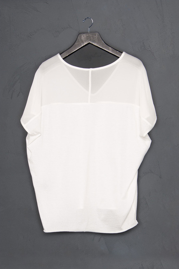 Roque Cropped V Neck Tee