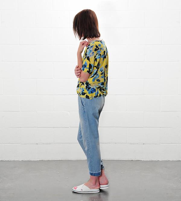 Raquel Allegra Yellow Floral Crop Tee Print