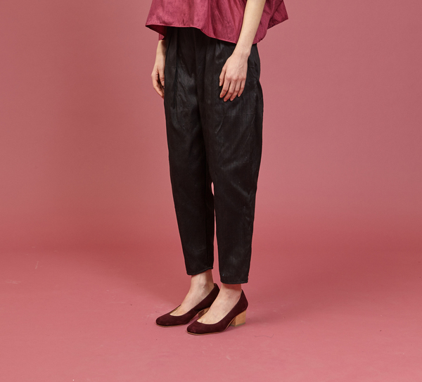 Tantuvi Pleated Trousers (Onyx)