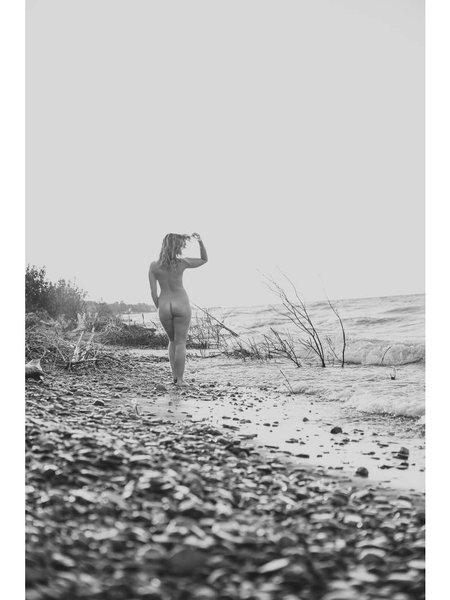 Jessica Crandlemire artist series photo 1