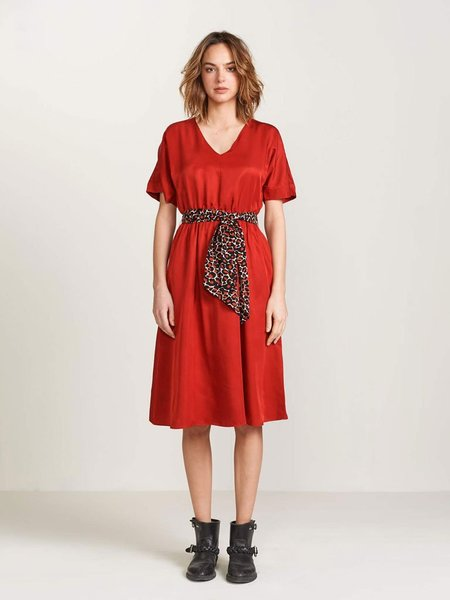 Bellerose Hoek Dress - Scarlet