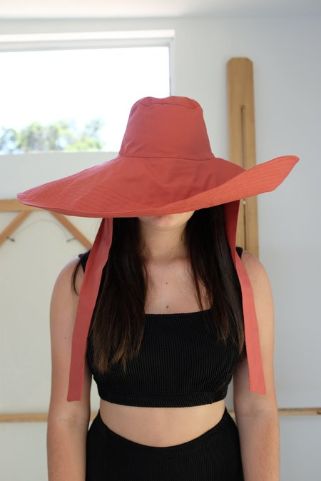 Beklina Voluminoso Tie Hat - Paprika