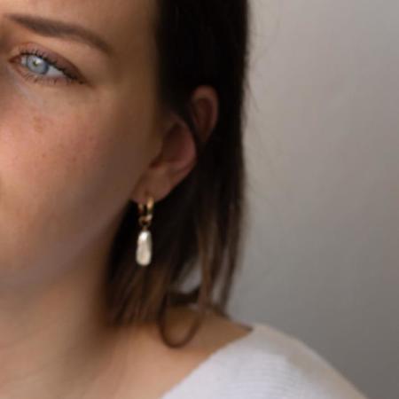 Christine Elizabeth Jewelry Mini Biwa Hoop Earrings - 14k Gold Filled