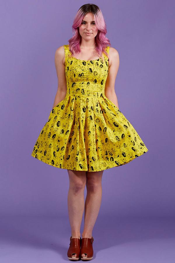 Sweet Pleats Dress in Girls Print - NOOWORKS