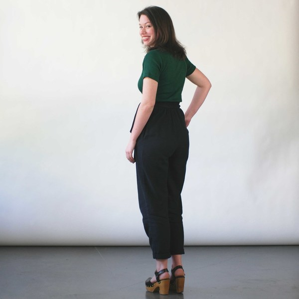 Curator Clove Pants in Black