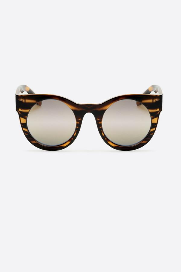 Quay Right Time Sunglasses