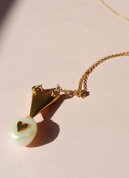 MIRIT WEINSTOCK SECRET HEART NECKLACE - Gold/Pearl