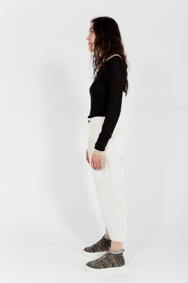 Objects Without Meaning Crop Pleat Pants