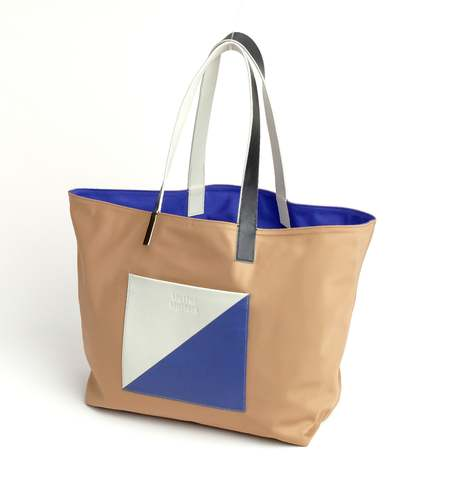 Matter Matters Gallery The square Reversible tote bag - Tan/Blue