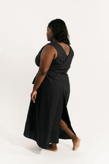 Two Fold Clothing Kayo Linen Dress - Black