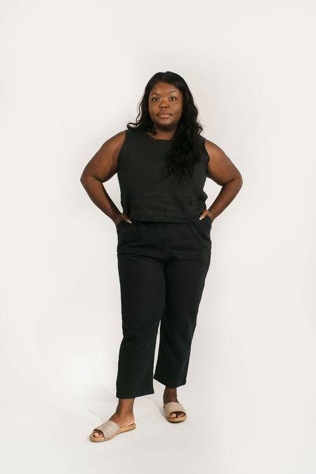 Two Fold Clothing Harris Tapered Short Length Linen Pant - Black