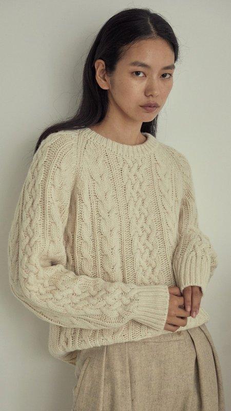 Amomento Cable Knit Pullover - Cream